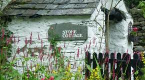 Taş Mimariye Sahip Avangarde Bahçelerde Huzur Bulun
