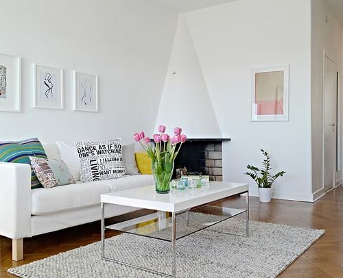 beyaz-oturma-odası-dekorasyonu