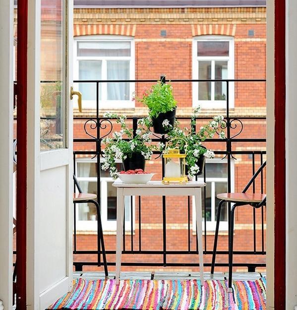 renkli-balkon-dekorasyonu-2