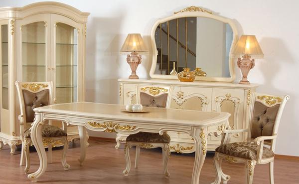 klasik-açık-renk-mobilyalar