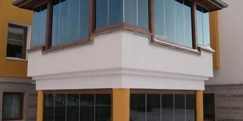 Cam Balkon Sistemi İle Balkonunuzun Tadını Çıkarın