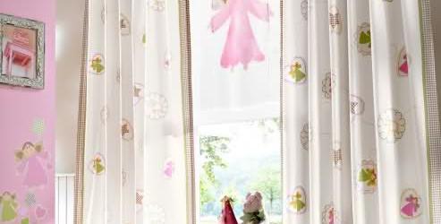 Cıvıl Cıvıl Perdeler İle Bebek Odası Dekorasyonu
