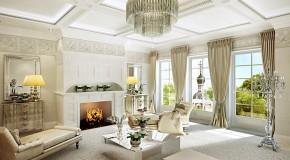 İhtişamlı Salonlarda Klasik Mobilya Kullanılıyor