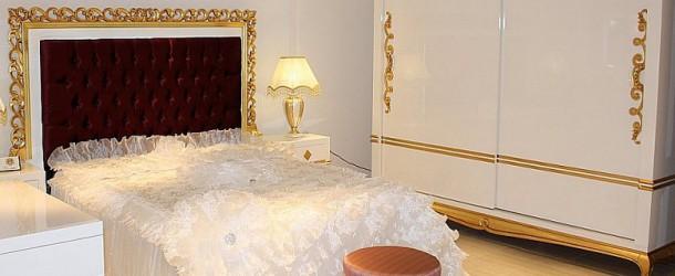 Klasik Yatak Takımlarında Asortik Çizgiler